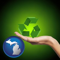 michigan map icon and a recycling symbol